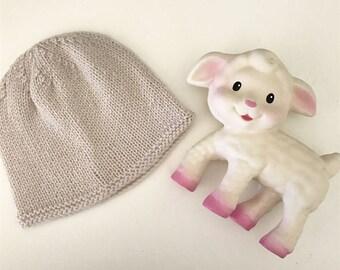 Latte newborn hat - hand knitted