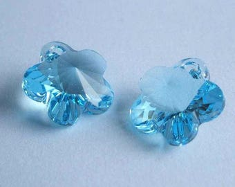 4 SWAROVSKI 6744 Flower 14mm Crystal Pendant AQUAMARINE