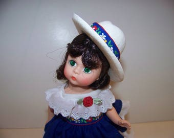 America the Beauriful Madame Alexander 8 in doll