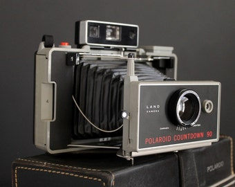 Vintage Polaroid Countdown 90 Automatic Land Camera Instamatic With Carrying and Storage Case