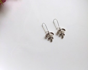Silver Leave Earrings, Silver Leaf Earrings, Nature Jewelry, Dangle Earrings, Gift For Her, Valentines Gift, Mothers Day Gift