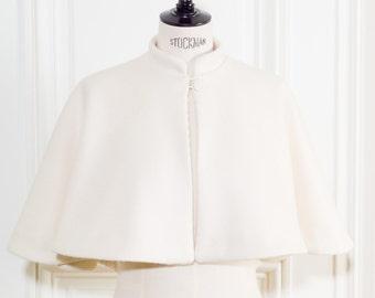 Wedding cape (for bridal) - Cape Séraphine pour mariée en laine-cachemire-angora ivoire.