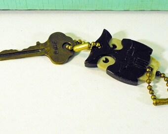 Vintage Brown Plastic Owl Detachable Advertising Keychain, DeSoto Auto Dealer Advertising Key Ring & Vintage Key