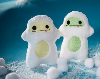 Yeti abominable snowman- Mini Snow Stuffies- yeti plush- baby shower gift- winter snow- kawaii toy- keychain, custom plushie stuffed animal