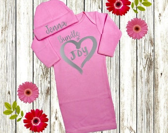 Personalized Baby Girl Gift, Newborn Girl Coming Home Outfit, Baby Girl Clothes, Newborn Girl Take Home Outfit, Gown or Bodysuit Pink Silver