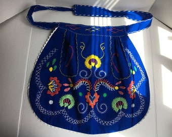 Colorful and fun vintage handmade handstitched bohemian boho scandinavian swedish kitchen apron.