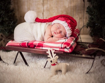 Crochet santa elf tail hat newborn 0-3  month boy or girl photography photo prop red and white Christmas