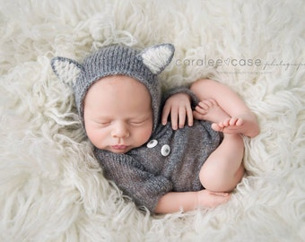 Newborn prop outfit Newborn knit wolf bonnet and onesie Long sleeves onesie Newborn photo prop set Newborn photography Legless romper set