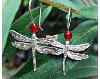Pending dragonflies. Earrings silver dragonflies. Pending dragonflies silver and carnelian.