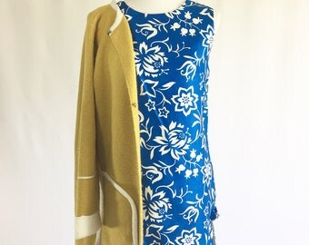 Blue Vintage Floral Printed Dress /vintage blue dress /floral dress /mod dress /mad men style /60s dress / womens dress/ summer dress