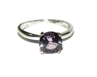 Beautiful Alexandrite Ring, Lab Created Alexandrite, Color Changing Stone, Sterling Silver