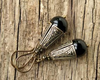 Black dangle earrings - onyx gemstones Art Nouveau antiqued gold bronze jewelry