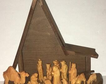 Handmade Wood Carved Nativity Holy Family Jesus Mary Joseph Manger Figurines Germany