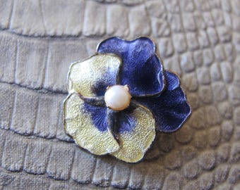 PANSY Enamel Pin Petite Small Little Brooch, Vintage Scatter Pins. Springtime Flower, Easter Pin. Romantic Pansy Pin. Purple & Yellow Viola