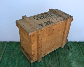 Bee keeping transport box from Torino