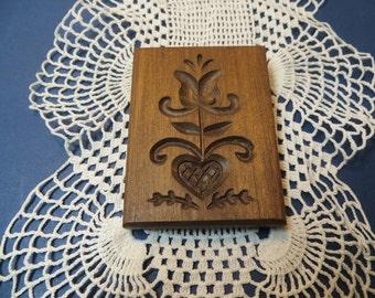 Hand Carved Pennsylvania Dutch Mini-Mold