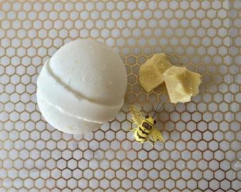 Honeybutter Bath Bomb