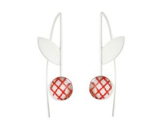 Red Flower Earrings / Vintage Fabric / Flower Dangle Earrings / Modern Earrings / Cherry Earrings / Floral Drop Earrings / Gifts Under 50