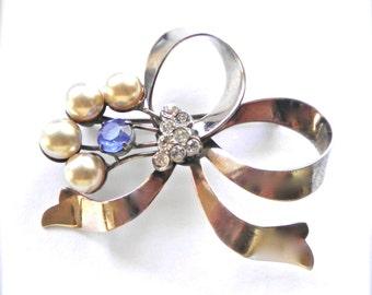 Vintage Sterling Silver Ribbon Brooch PIn , Retro Modern 1940's Pearls & Rhinestones