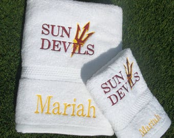 Graduation Towels