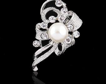 Retro Style Wedding Brooch Pearl and Diamante