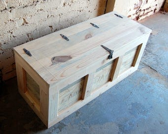 Hope Chest/ Coffee Table/ Entry/ Trunk/ Wooden Chest/ Steamer Trunk