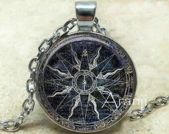 Ancient mariner's compass art pendant, compass necklace, compass jewelry, mariner's compass necklace, antique compass, Pendant #HG225P