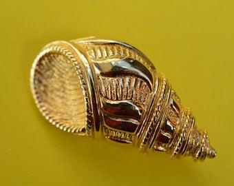 Vintage CHRISTIAN DIOR  brooch pin Golden Shell