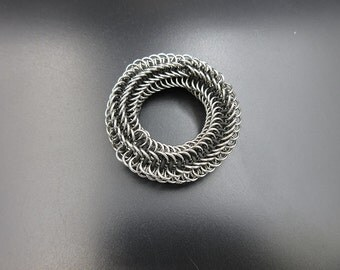 Micro Stainless Steel Infinity Rose Fidget