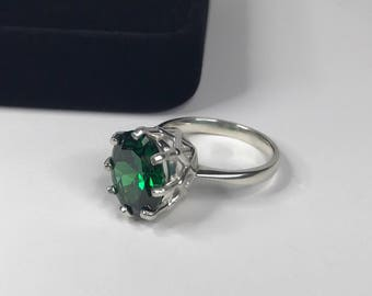 GORGEOUS 3ct Oval Cut Emerald Ring  Sterling Silver Ring Sizing 4 5 6 7 8 9 Trending Jewelry Gifts May Mom Wife Sister Deep Woven Crown Lab