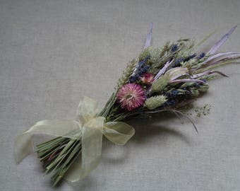 Summer bouquet rustic handmade wildflower grassy bridesmaids wedding bouquet with lavender and natural grass wheat dried flower bouquet
