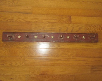 Red Distressed  Peg Rack with White Stars