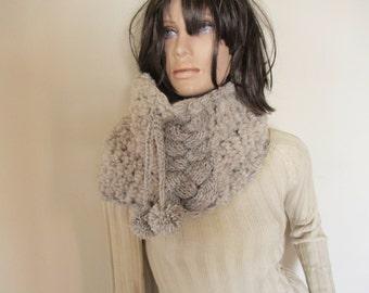 Scarf beige, unique handmade knitted scarf, wonem scarf, circular, chunky texture, fluffy.