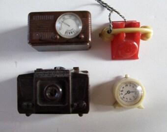 1950s 4 Piece Dollhouse Accessaries