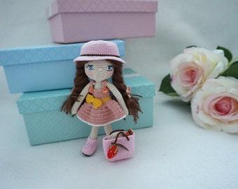 Tiny doll crochet, Beautiful little girl