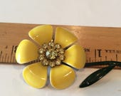 Lovely Yellow Enamel Flower Brooch with Yellow Crystal Rhinestones, Daisy Brooch, Yellow Enamel and rhinestone Brooch, pin, Spring, Summer