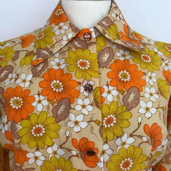 Dagger collar blouse flower power shirt 1970s top nylon crepe UK 12 14 orange yellow flowery blouse Mod GoGo Scooter Girl