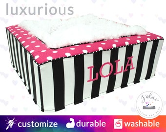 Luxury Pet Bed for Dogs or Cats - Luxurious Blanket Center - High Quality Bed with Fabrics of your Choice - Washable!