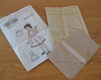1950s sewing pattern - French girl's dress pattern Les Patrons Marie Claire 2616