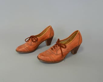 1970s honey whiskey leather lace up oxfords - size 8