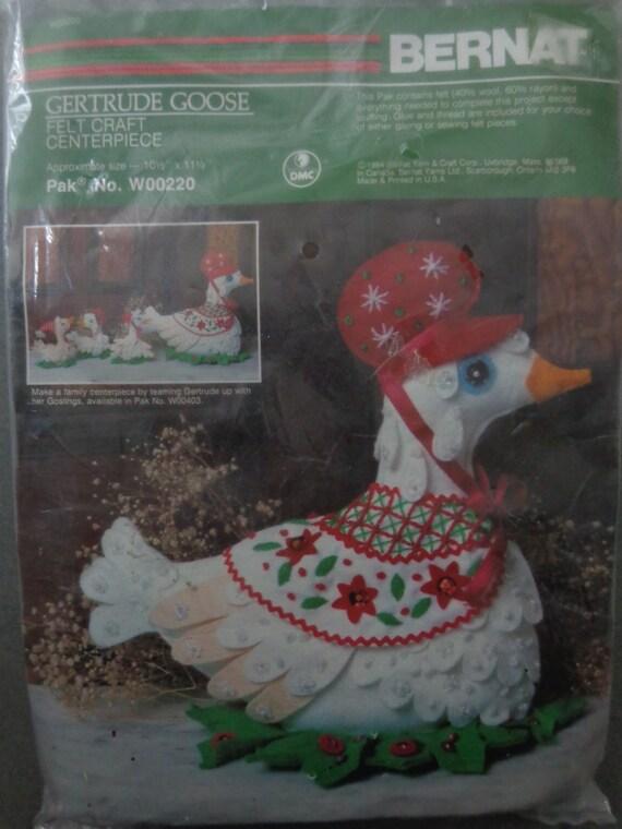 Gertrude goose vintage bernat centerpiece kit felt