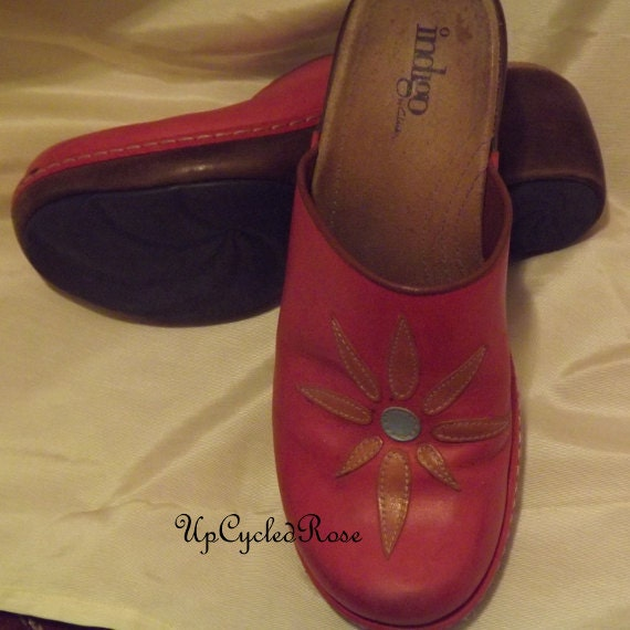 Vintage Indigo Magenta Leather Clogs Bohemian Chic Ready to Ship