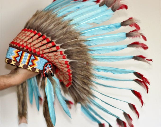 X55 -  Turquoise Chief indian Feather Headdress .