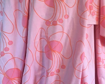 70s scandinavian pink vintage fabric. Mod floral swedish pattern. Vintage sewing crafts retro modern fabric bold big flowers hippie