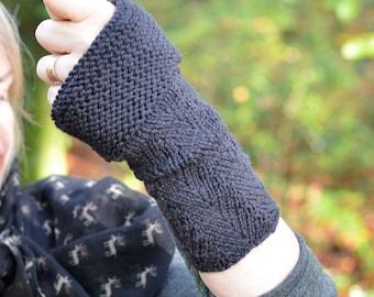 PDF knitting pattern - Fingerless, herringbone pattern mitts / wrist warmers / cuffs
