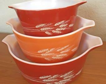 Pyrex Autumn Harvest Nesting Bowls - Set of 3