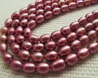 7-9mm Metallic Raspberry Freshwater Rice Pearl PL106