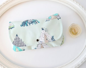TEEPEE - Diaper and Wipes case, diaper clutch, wipes case, make up bag, wet bag, envelope clutch