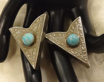 Vintage Western Faux Turquoise Collar Tips