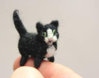 Cat miniature,Ooak ,Needle Felted Miniature,Tinny Kitten,Cute Kitty,Black